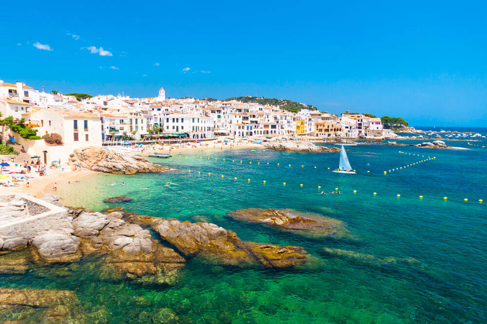 The Top 5 FREE Travel Apps for your Spain holiday